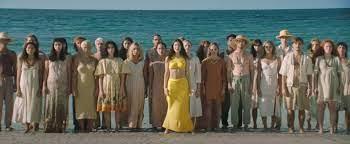 """Lorde feiert """"Solar Power"""" am Strand ..."""