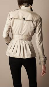 burberry brit short cotton gabardine pin tuck trench coat in natural lyst