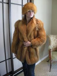 eise in red fox fur