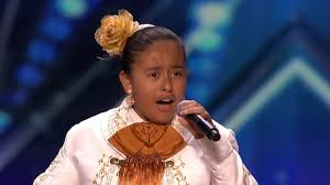 Amazingly talented latina teen singing