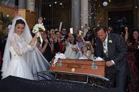 Giusy buscemi, secondo quanto racconta il settimanale diva e donna, sta per convolare a nozze con il fidanzato, il regista jan michelini. Menfi Giusy Buscemi Convola A Nozze Con Il Regista Jan Michelini Ripost