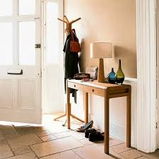 Image of: Small Entryway Table Storage