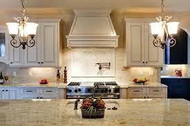 colonial cream granite colonial cream granite with maple cabinets colonial cream granite backsplash ideas