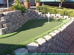 synthetic lawn toro canyon california how to build a putting green backyard landscaping ideas