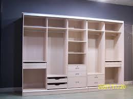 19 ideas de closets de madera para que te los haga el carpintero ya 13