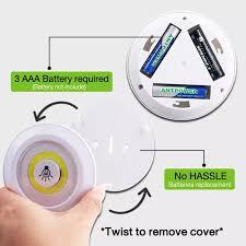 Bộ 3 đèn LED dán tường có điều khiển từ xa tiện lợi