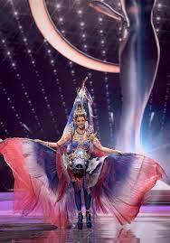 อแมนด้า กับ 5 ลุคสวยสะกด บนเวที Miss Universe 2020 ไม่ได้มง แต่ได้ใจ