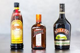 Delicious kahlua drinks, from old classic recipes like the white russian to newer concoctions. Pin On Liqueur Bottles And Labels Designs