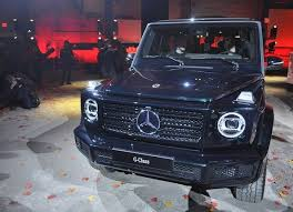 Not that you'd have noticed as it looks pretty much exactly the same as the old one. 2019 Mercedes Benz G Class The Next Favorite Ride Of Beverly Hills The Truth About Cars
