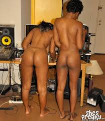 Amature black lesbian clips