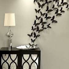 Inventive items like old shutters and lattice woodwork provide places to plant flowers or succulents. Pin By Susana Anguiano On Ideas Para Decorar Diy Room Decor Diy Wall Decor Butterfly Wall Decor
