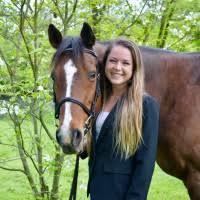 Elizabeth Abner - Veterinary Technician - NICHOLASVILLE ROAD ...