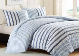 rug goes with this striped comforter
