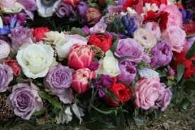 Trauerkranz Tipps Zu Kosten Gestaltung Auswahl Der Blumen