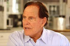 Infomercial Icon Ron Popeil Dead at 86 ...