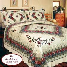 Victorian Treasures Floral Patchwork Quilt Bedding & Victorian Treasures Quilt Light Cream. Click to expand Adamdwight.com