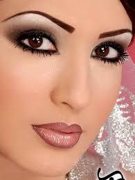 black eye makeup photo 2