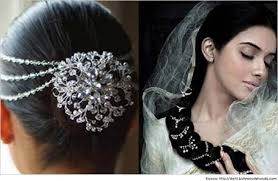 hairstyles for sarees ont bridal look