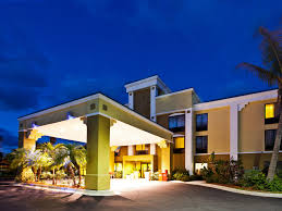 Country Kitchen Vero Beach Holiday Inn Express Vero Beach West I 95 Hotel By Ihg