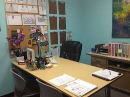 Ways To Decorate Your Cubicle Office 29 Decorate Work Office Professional Ideas Be A Better