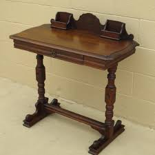 image of american antique writing desk