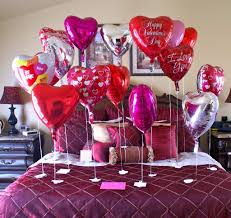 romantic bedroom ideas with rose petals. about romantico mesas rose petals and also romantic bedroom ideas for her with t