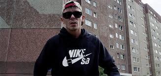 Capital Bra Falsche Gesichter Video Rapde
