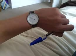 productivity why do people normally wear watches on the left hand it s more annoying than painful but why live something like this when you can simply change your behaviour to eradicate it