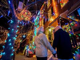 Holiday Lights Trolley Tour Philadelphia The Top Places To View Holiday Lights In Philadelphia For