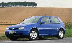 Volkswagen Golf Hatchback Review (1997 - 2004) | Parkers