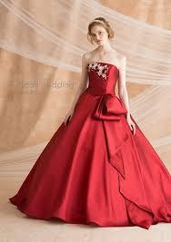 カラードレスの選び方性格や個性で似合う色やデザインを診断 プレ