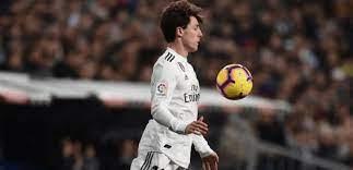 لاعب جديد ينضم إلى لائحة المصابين بكورونا في ريال مدريد