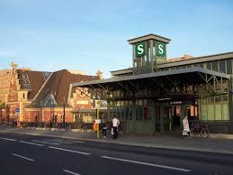 Berlin-Westend station
