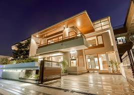 modern house lighting. Architecture, Amazing Exterior Lighting Twin Courtyard House Modern Decorating Ideas With White And Brown Color
