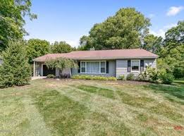 638 Myrtle Ave, Holland, MI 49423 | Zillow