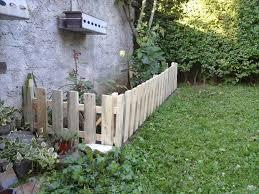 diy pallet garden fence