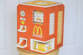 Diy Mini Vending Machine Fascinating DIY LEGO McDonald's Chicken McNuggets Vending Machine Off The Chain