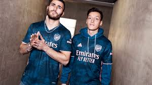 Through this original choice of colour, the new third jersey for the 2020/2021 championship showcases the dialogue between soccer and the energy of contemporary art. Win The Arsenal 2020 21 Third Kit Competition News Junior Gunners Arsenal Com