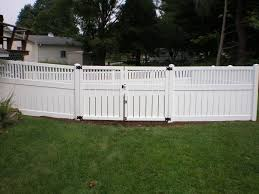 Vinyl solid picket fence Panels Newport Vt Homeadvisorcom Vinyl Fence Gallery Round Hill Fence