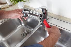 Leaky Kitchen Faucet Leaky Kitchen Faucet Leyme Carpentersdaughter Co