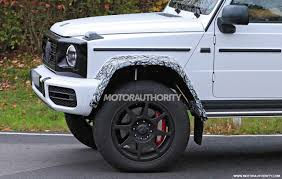 When mercedes introduced the bold, imposing g500 4x4 squared at the 2015 geneva motor show, it said it would consider production based upon the reaction it received. 2022 Mercedes Benz G Class 4x4 Squared Spy Shots Luxury Monster Truck Set For Return