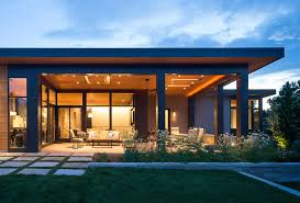 Home Golf Course Design Modern Golf Course Home Located In A Country Club