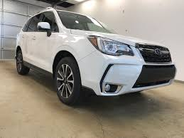 2018 subaru forester white. plain subaru whitecrystal white pearl 2018 subaru forester right side photo in  lethbridge ab and subaru forester white
