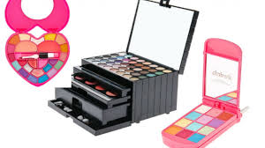 recall claire s makeup sets recalled due to potential asbestos contamination