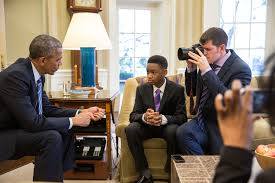 oval office picture. President Obama Meets Vidal Chastanet And Nadia Lopez For The Oval Office Picture