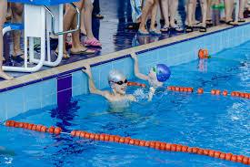 ОНИ НЕ ПЛАВАЮТ НА КОНТРОЛЬНЫХ В ШКОЛЕ ОНИ ПЛАВАЮТ В АВРОРЕ  ОНИ НЕ ПЛАВАЮТ НА КОНТРОЛЬНЫХ В ШКОЛЕ ОНИ ПЛАВАЮТ В АВРОРЕ Итоги соревнований по плаванию