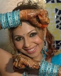 dimple bathija makeup artist