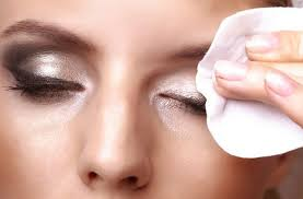 the correct way to remove your eye makeup tips to remove eye makeup properly remove makeup sns