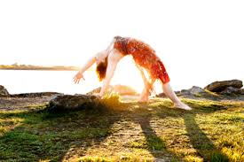 3 Reasons to Fall In Love with Abby Tucker - Yogascapes