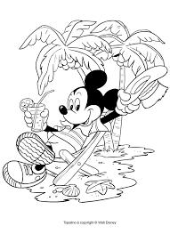 Disegno Di Topolino In Vacanza Da Colorare